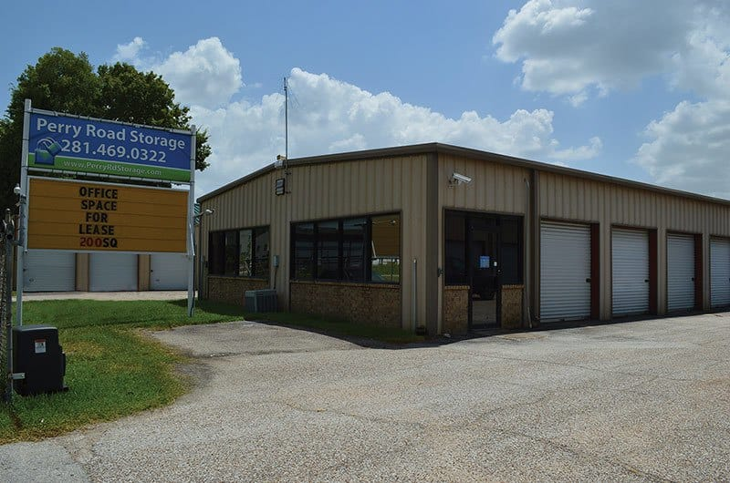 Right Move Storage on Perry Road in Willowbrook, Houston TX!