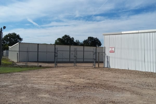 Security features at Huffmeister Road Boat Storage