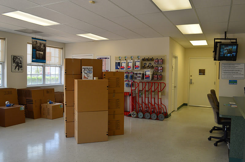 Packing and moving supplies available in Houston, TX at Right Move Storage