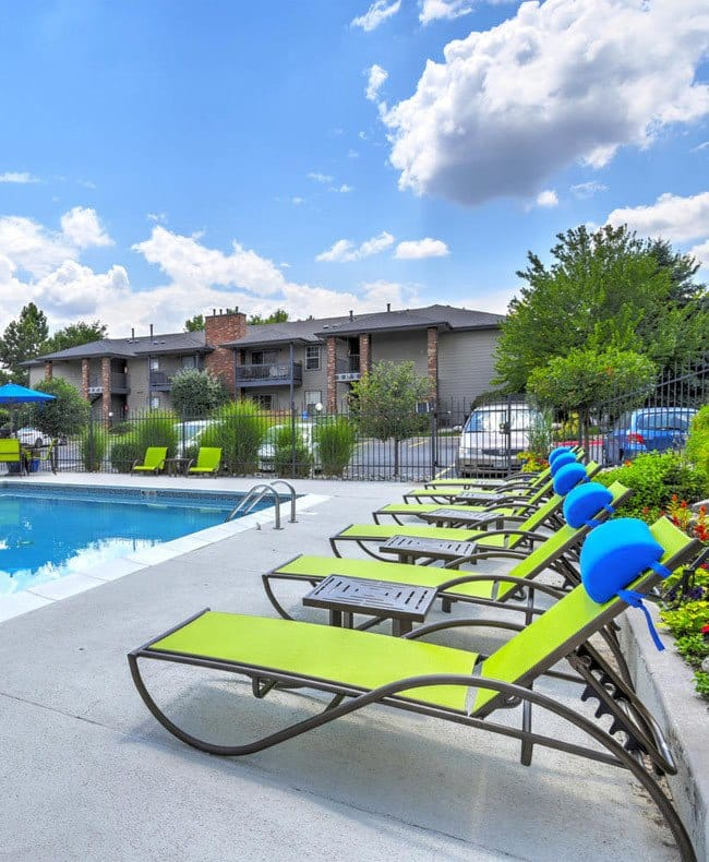 Poolside lounging at Arapahoe Club Apartments in Denver