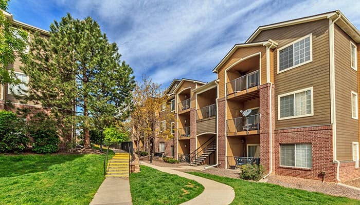 Enjoy the neighborhood at Arapahoe Club Apartments in Denver