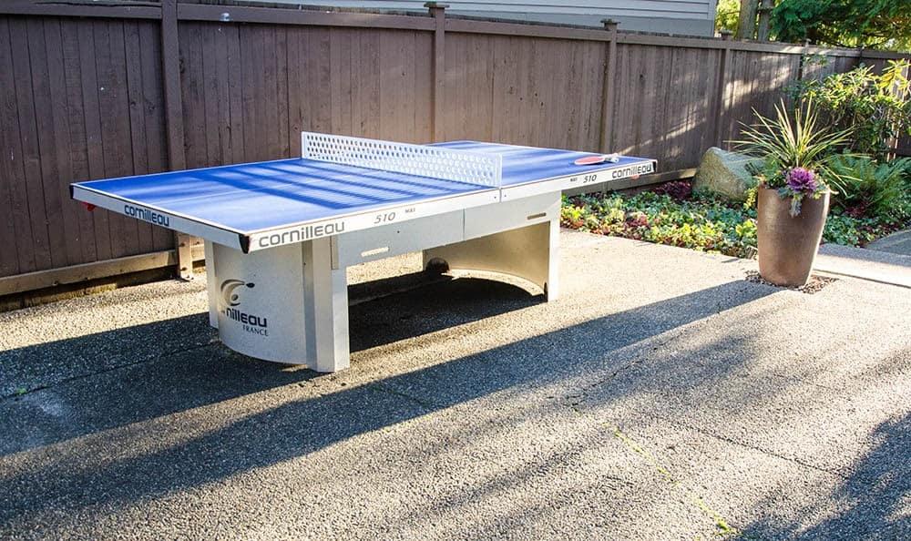 ping pong table at Latitude Apartments