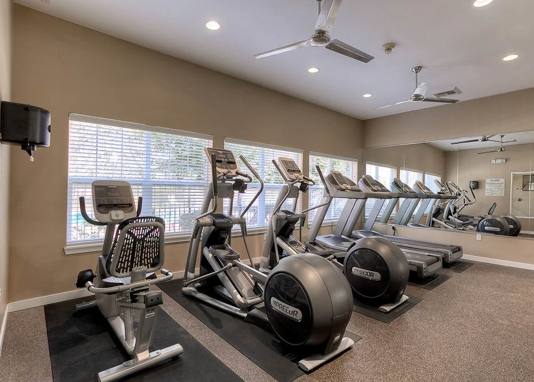Fitness center at Pebble Cove Apartments in Renton