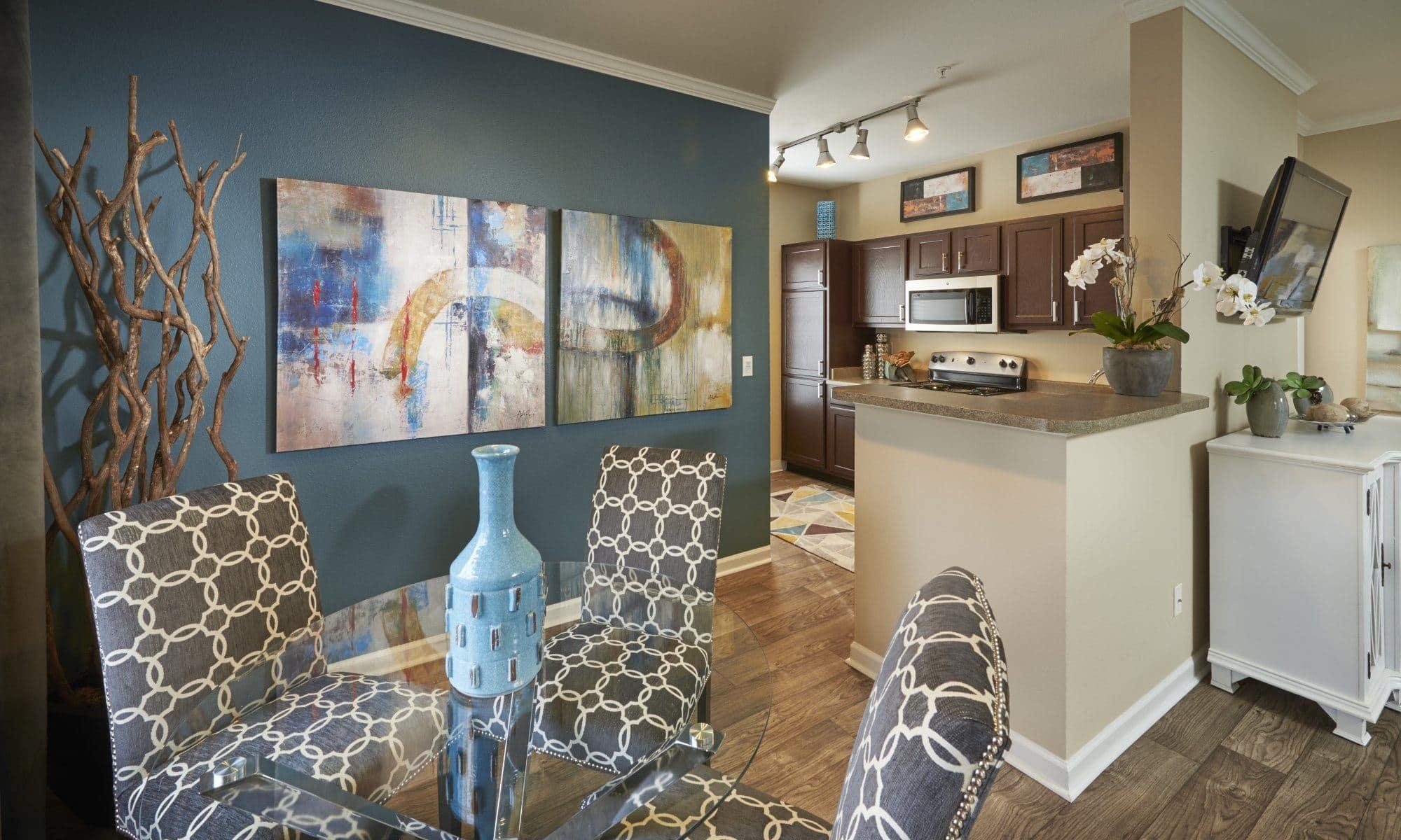 Lakewood, CO Apartments near Denver | Skyecrest Apartments