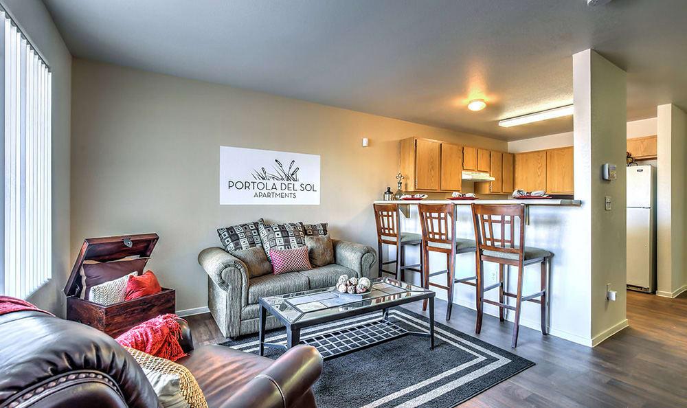 Well decorated living room at Portola Del Sol in Las Vegas