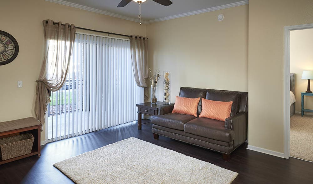 High End Interiors At Hawthorne Hill Apartments