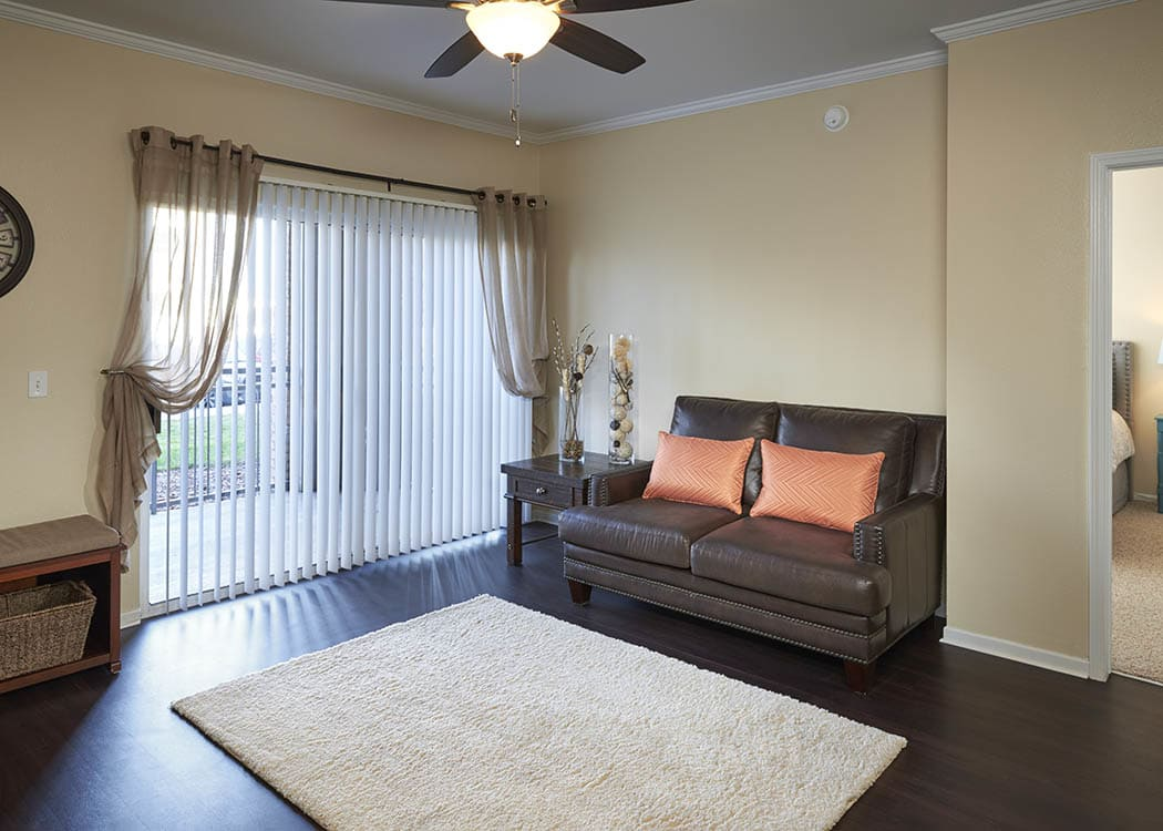 Living Room at Hawthorne Hill Apartments in Northglenn