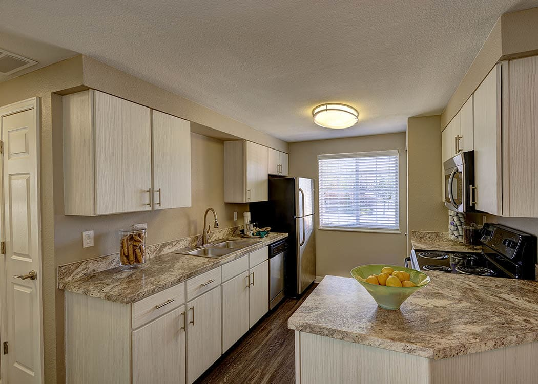 Apartments for rent in englewood co off i25 villas at for Apartment mini model