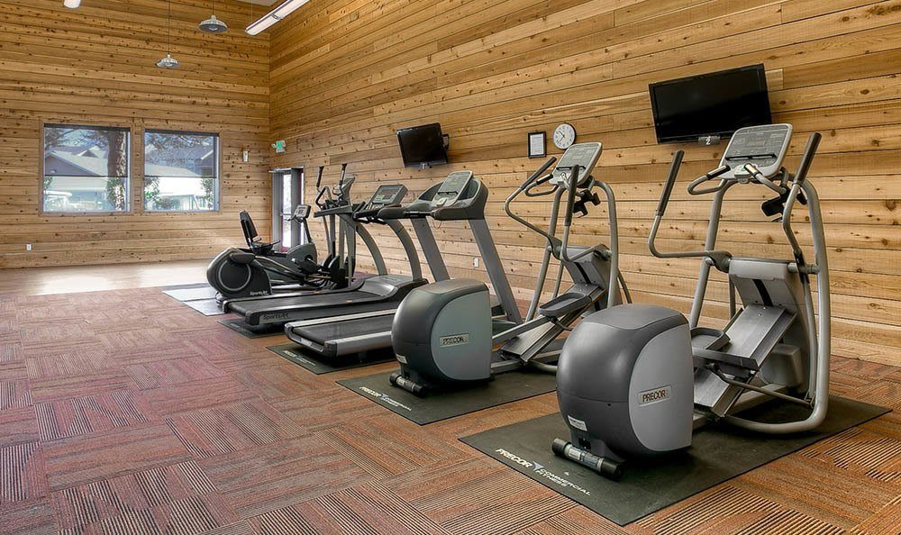 Fitness Center At Waters Edge Apartments