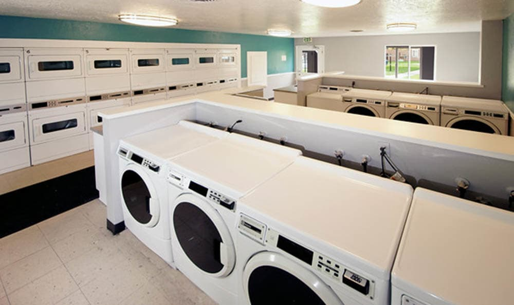 Laundry facility at Callaway Apartments