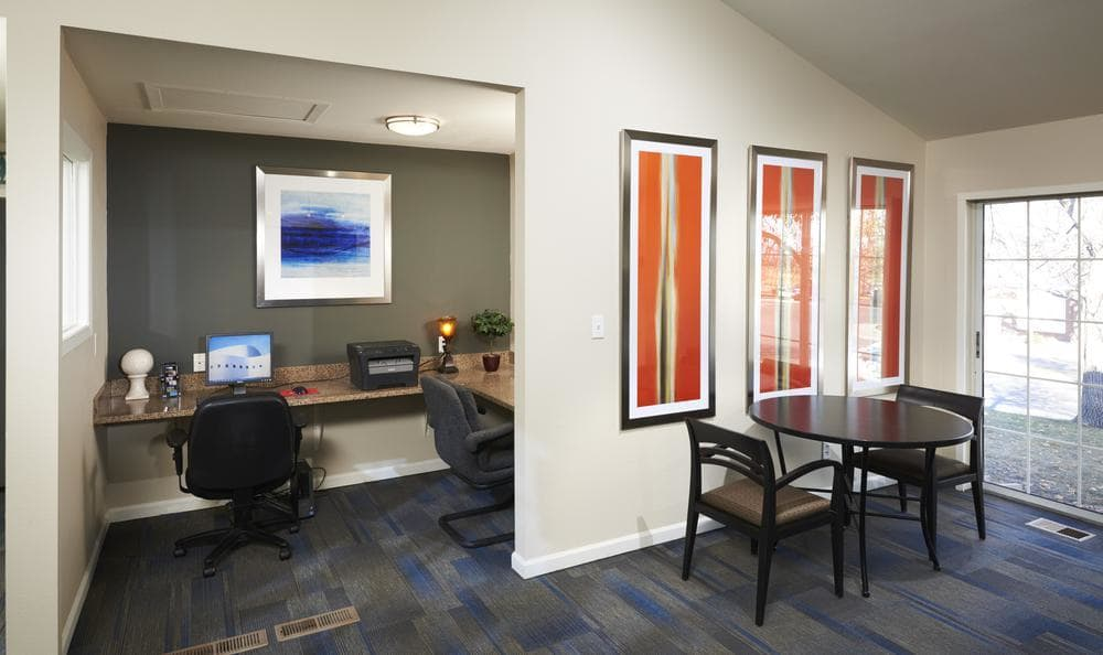 Office in our residences at Bluesky Landing Apartments