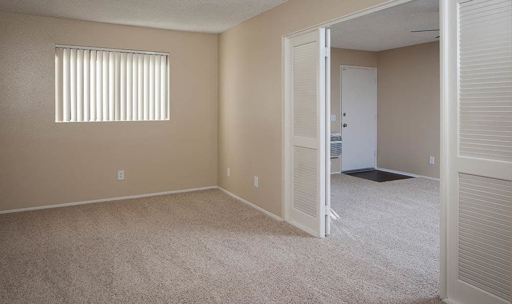 Side Room At Hillside Terrace Apartments