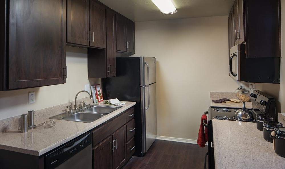 Fully Equipped Kitchen at Shadow Ridge Apartments in Oceanside, CA