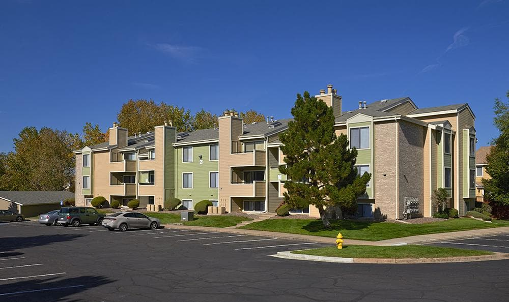 Exterior View of Alton Green Apartments in Denver, CO