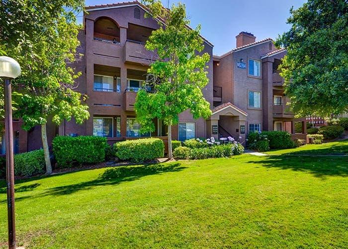 Enjoy the neighborhood at Sierra Del Oro Apartments in Corona