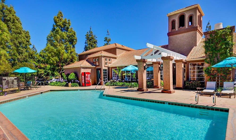 Pool at Sierra Del Oro Apartments