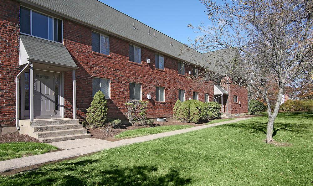 Exterior Of Woodbridge Apartments