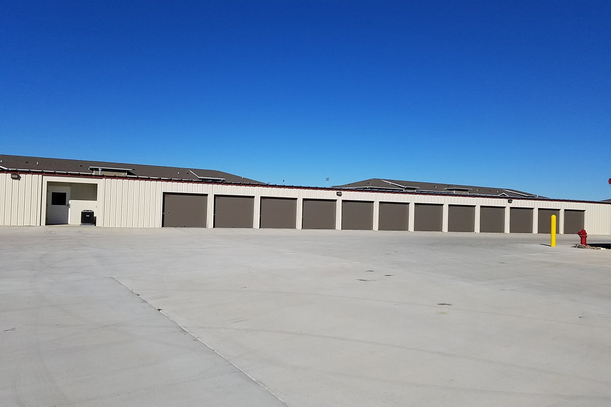 Looking for boat, vehicle, or RV storage in Bismarck? Look no further than Five Star Storage.