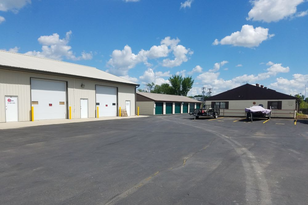 Exterior storage units at Five Star Storage in Fargo, North Dakota