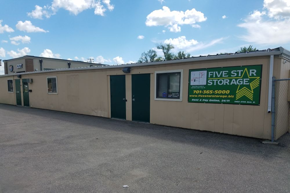 Five Star Storage features exterior storage units in Fargo, North Dakota