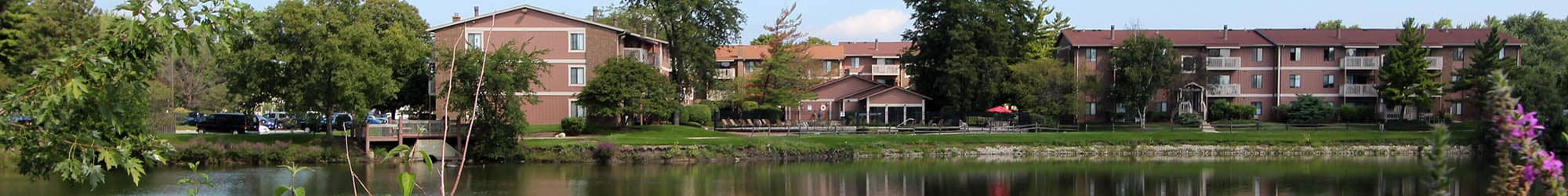 Neighborhood at Lakeside Apartments