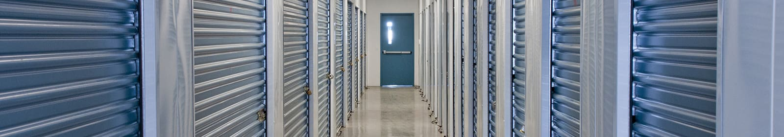 Knollwood Self Storage units and pricing in St Louis Park, MN.
