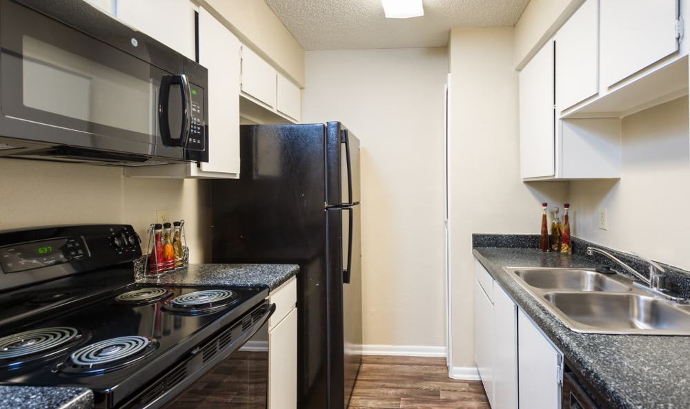 Woods of Elm Creek features upgraded kitchen in San Antonio