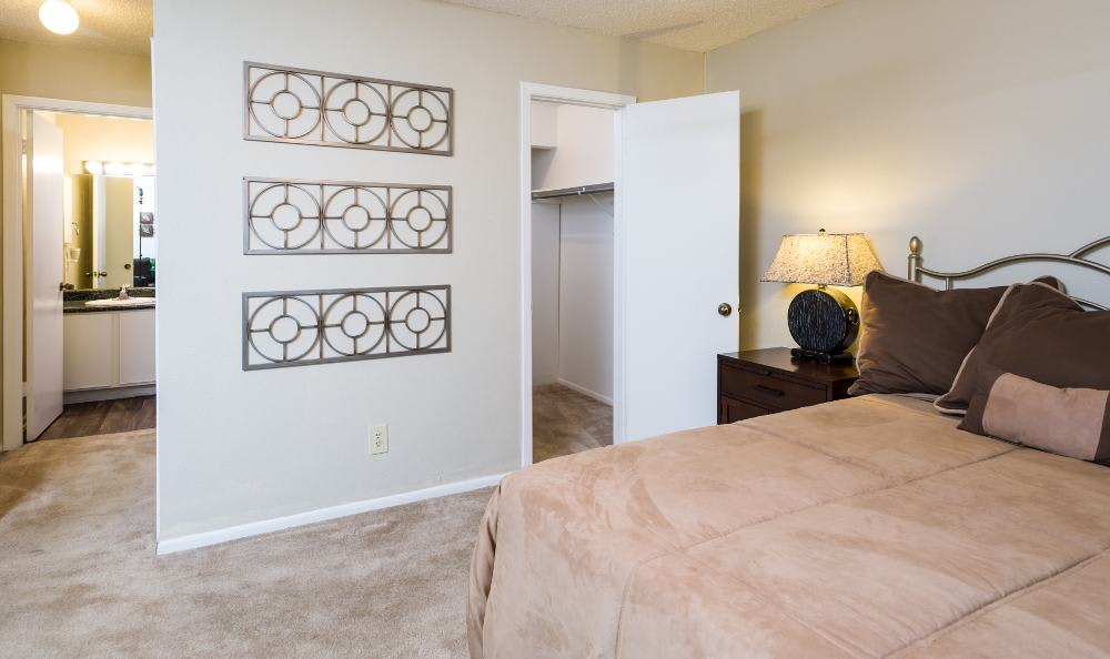 Walk-in closet at Woods of Elm Creek in San Antonio