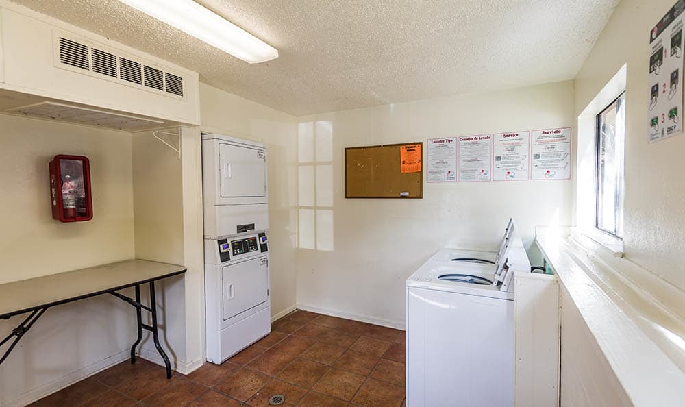 Shared Laundry Room At Landera