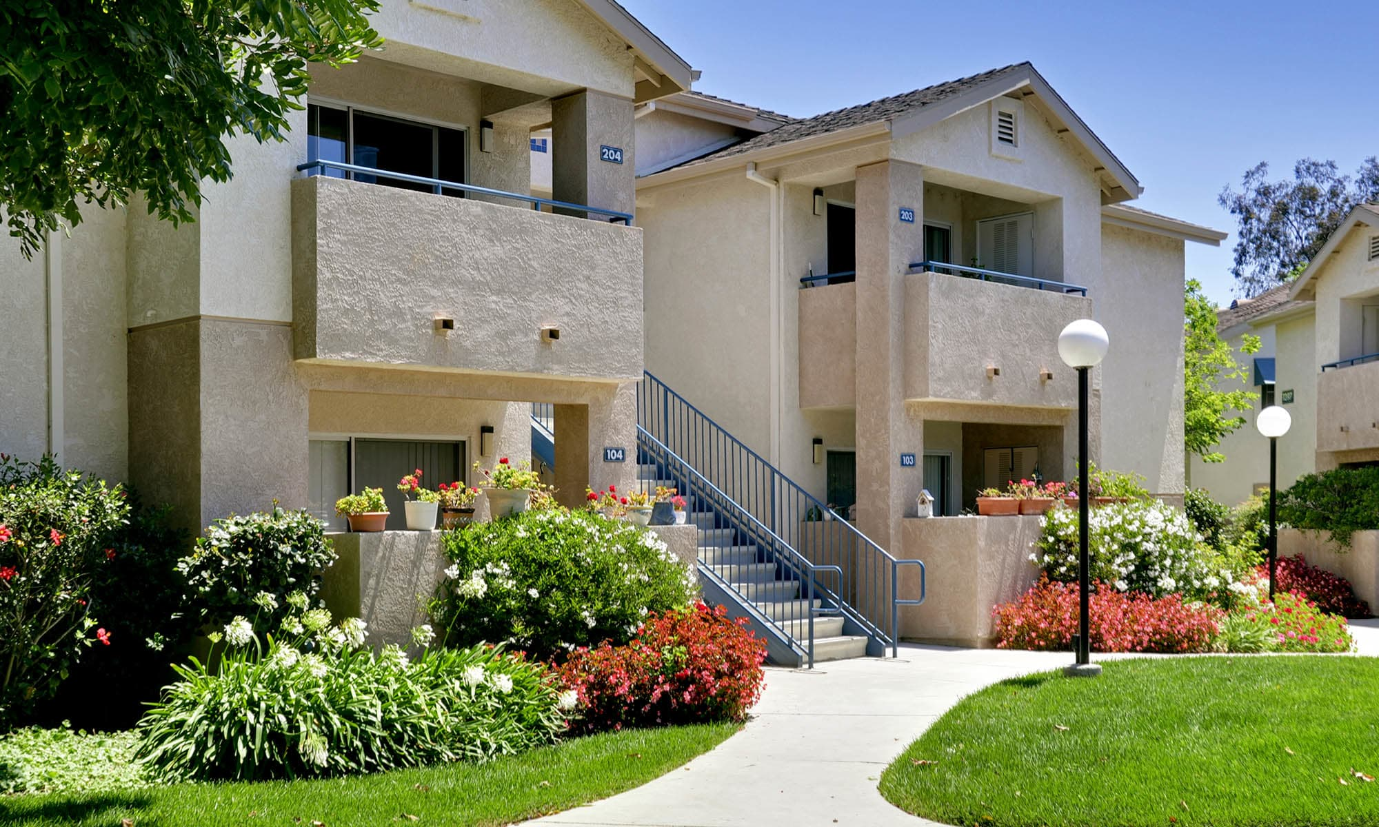 Welcome to our senior apartments in Ventura, CA