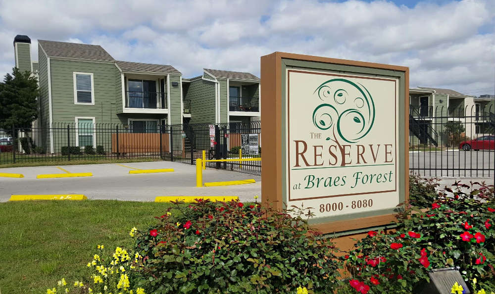 Exterior view of The Reserve at Braes Forest in Houston, TX