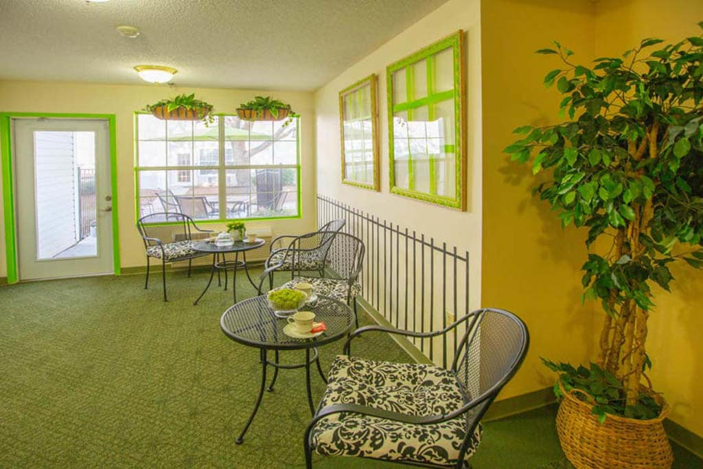 Corner Cafe at Summer Breeze Senior Living in Savannah, GA