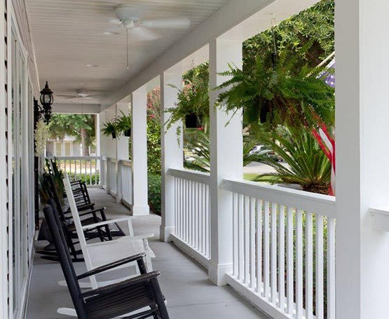 porch seating at Summer Breeze Senior Living
