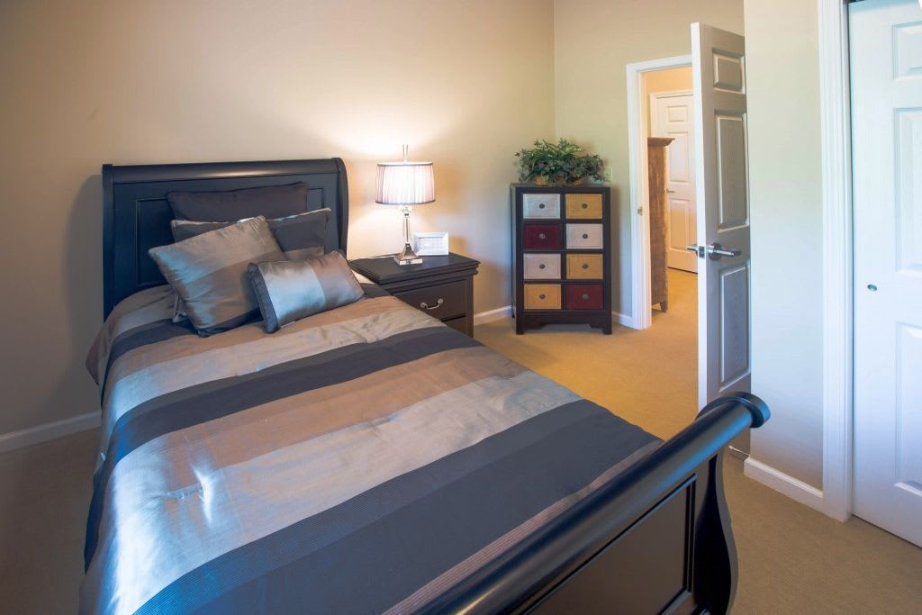 Bedroom at Bentley Assisted Living at Northminster