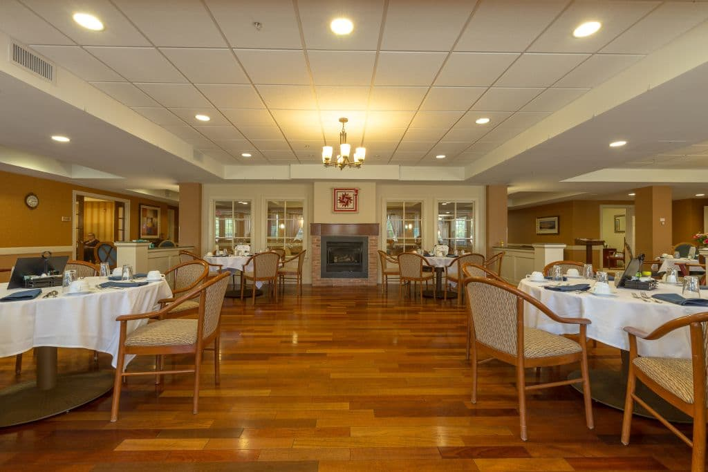 Dining room at Bentley Commons at Keene in Keene, NH