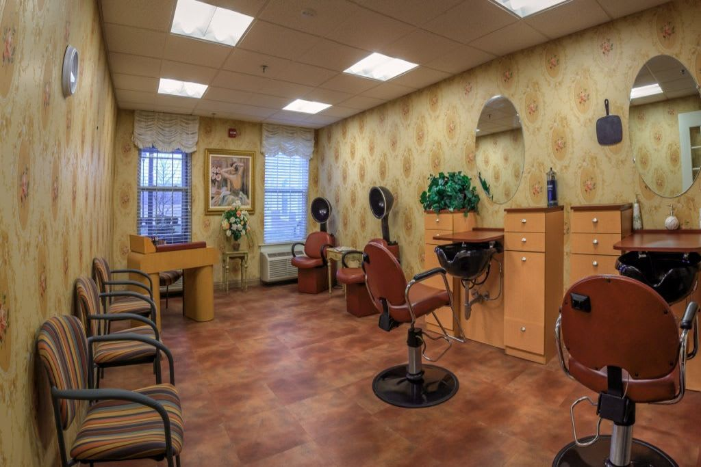Beauty saloon at Bentley Commons at Lynchburg in Virginia