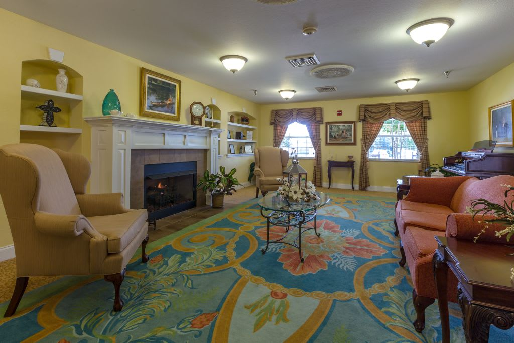 comfortable living room at Merryvale Assisted Living