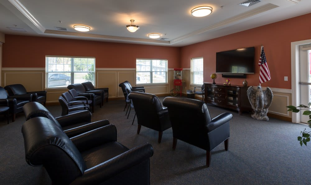 Lounge at All American Assisted Living at Hanson