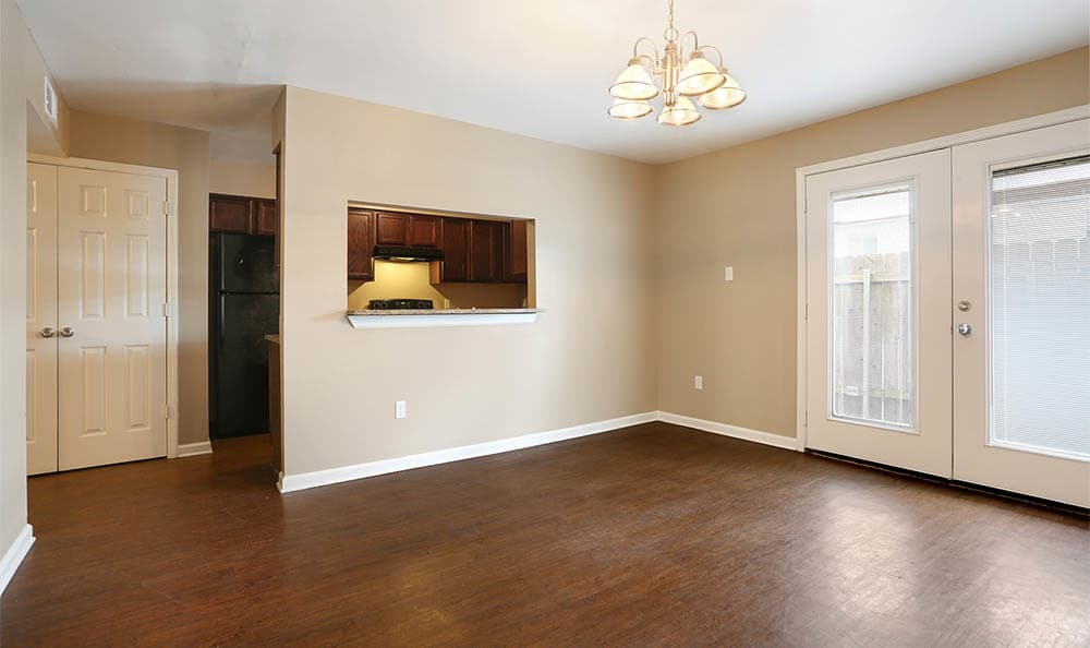 Hardwood Floors In The Mayfair Apartment Homes