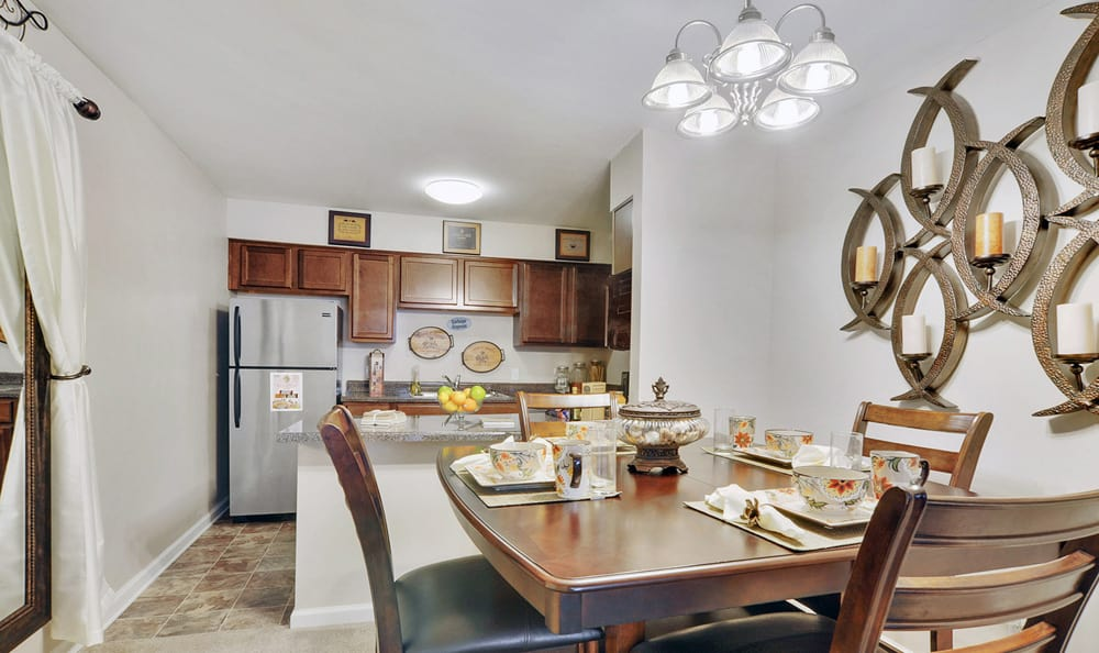 Dining and Kitchen at Emerald Pointe Apartment Homes