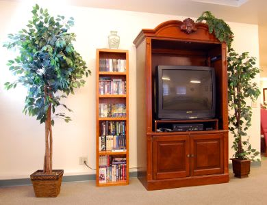 TV in the community room at Valley Crest Memory Care in Apple Valley, CA