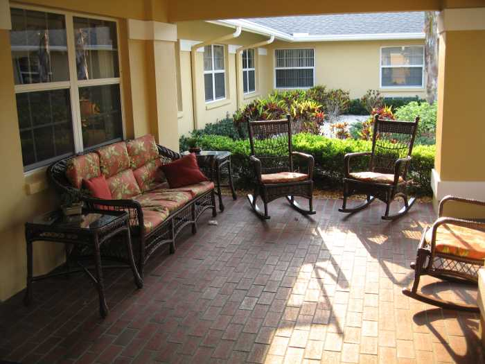 Patio space at Sun City Senior Living