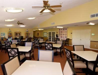 Dining room at Sun City Senior Living