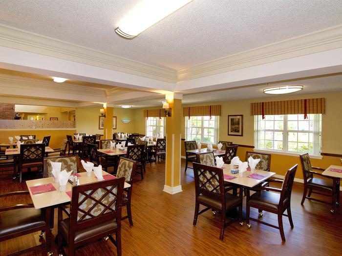 Dinning room at Sun City Senior Living
