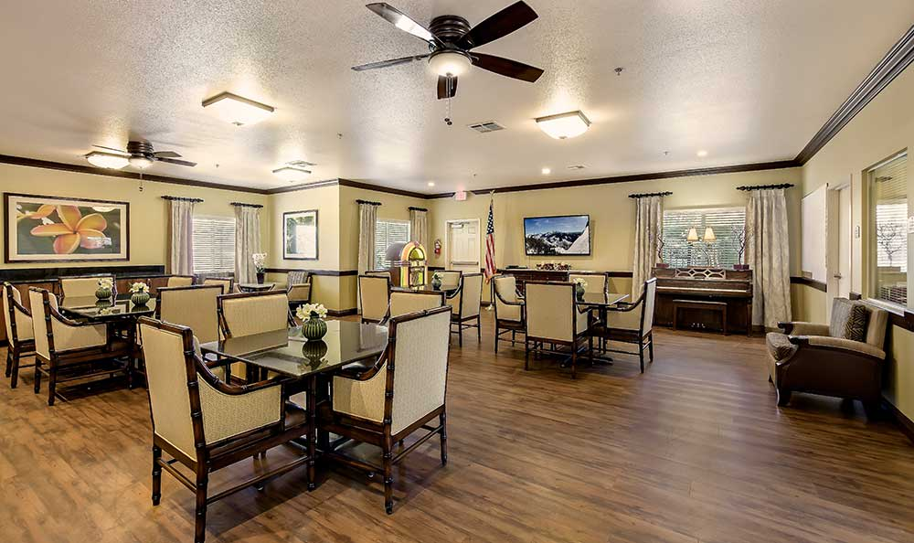 Dining room at Pacifica Senior Living: Riverside Legacies Memory Care