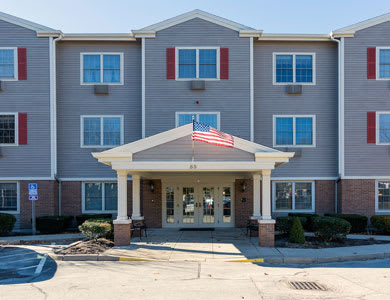 Pacifica Senior Living Victoria Court in Cranston, RI