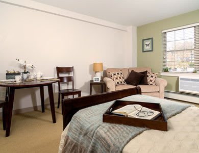 Living space at Pacifica Senior Living Victoria Court in Cranston, RI