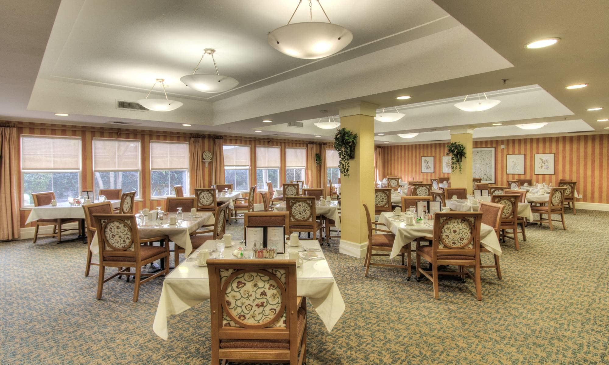 Dinning hall at Pacifica Senior Living Union City