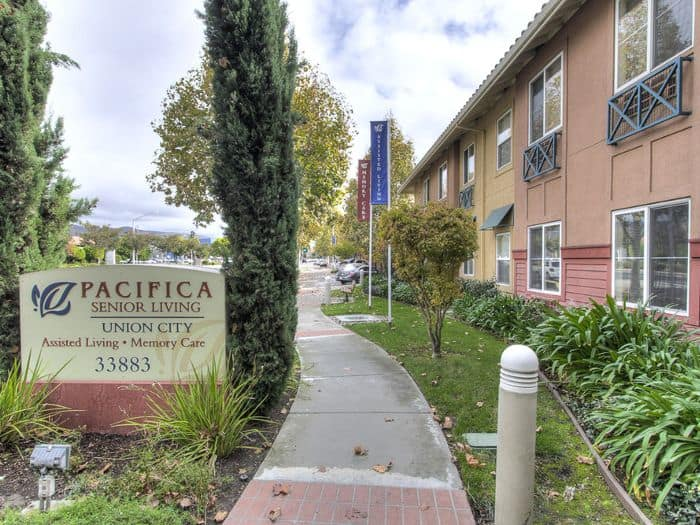 entrance sign at Pacifica Senior Living Union City in Union City, CA