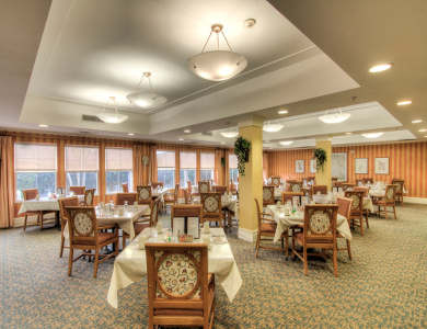 Spacious Dining room at Pacifica Senior Living Union City